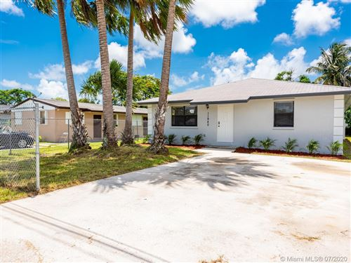 Photo of Listing MLS a10900568 in 11940 SW 212th St Miami FL 33177