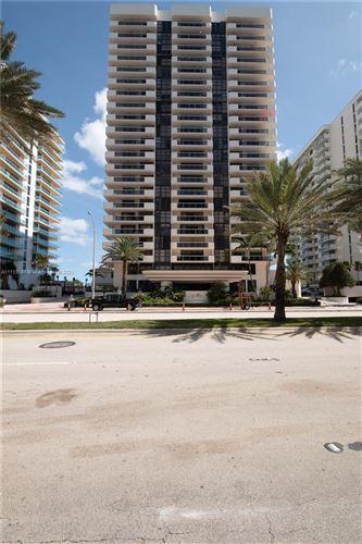 Photo of 5757 Collins Ave #2202, Miami Beach, FL 33140 (MLS # A11113569)