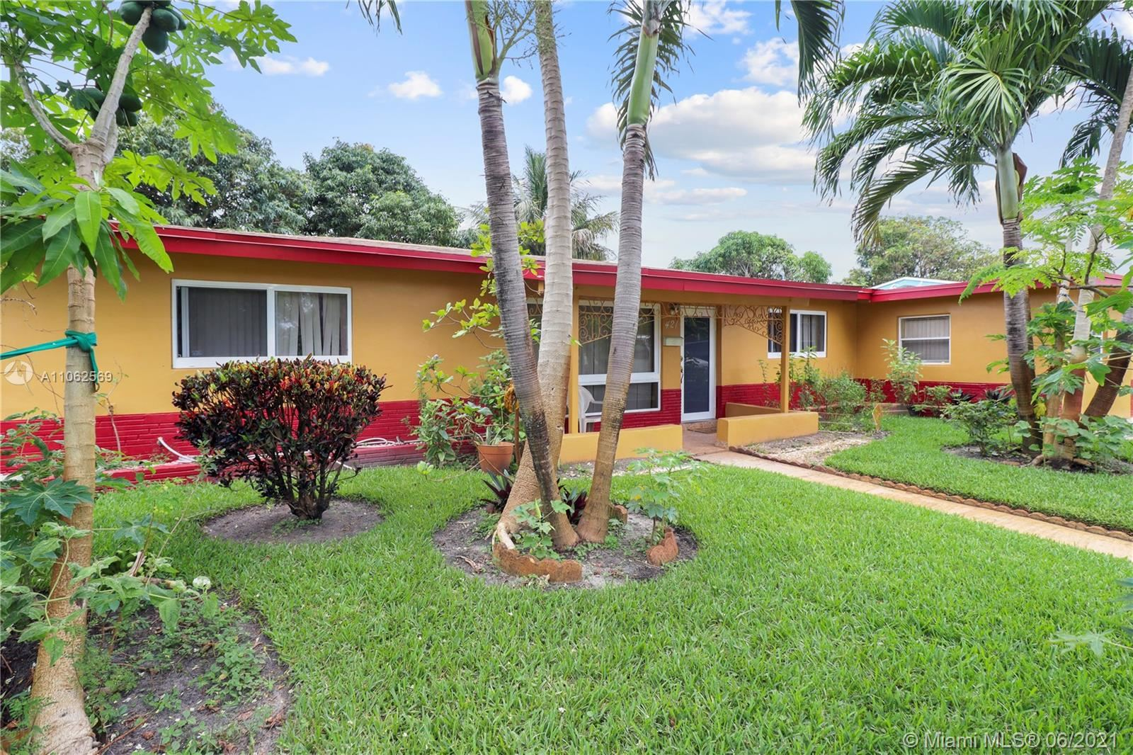 421 SW 38th Ter, Fort Lauderdale, FL 33312 - #: A11062569