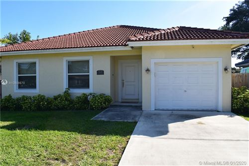 Photo of Listing MLS a10809570 in 1413 N 58th Ave Hollywood FL 33021