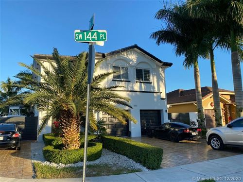 Photo of 2805 SW 144th Pl, Miami, FL 33175 (MLS # A10973571)
