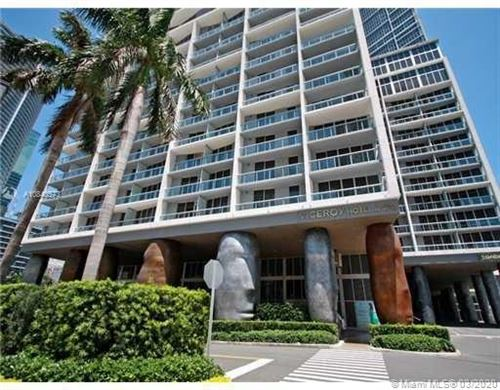 Photo of 465 Brickell Ave #2702, Miami, FL 33131 (MLS # A10840573)