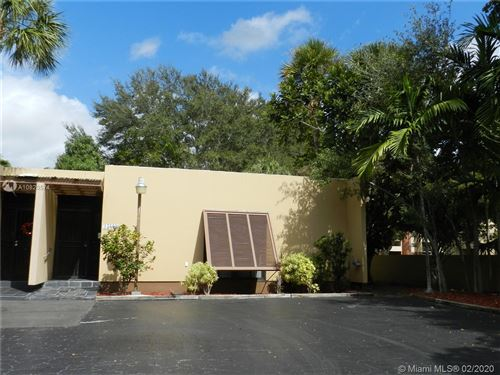 Foto de inmueble con direccion 15809 Kingsmoor Way #15809 Miami Lakes FL 33014 con MLS A10820574