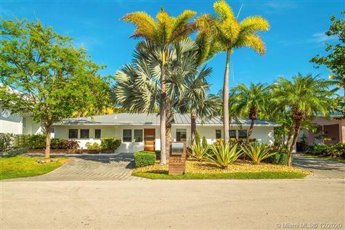 Photo of 335 Cypress Dr, Key Biscayne, FL 33149 (MLS # A10966574)