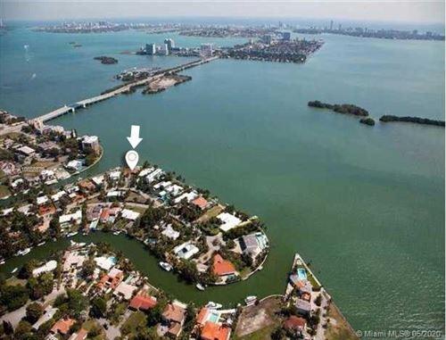 Foto de inmueble con direccion 1155 Belle Meade Island Dr Miami FL 33138 con MLS A10855575