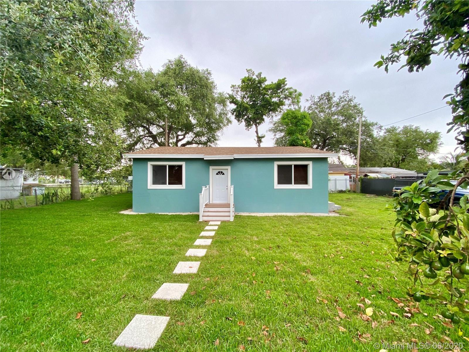 2389 NW 88th St, Miami, FL 33147 - #: A10879575