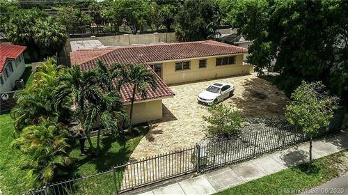 Photo of 101 W Shore Dr, Miami, FL 33133 (MLS # A10873576)