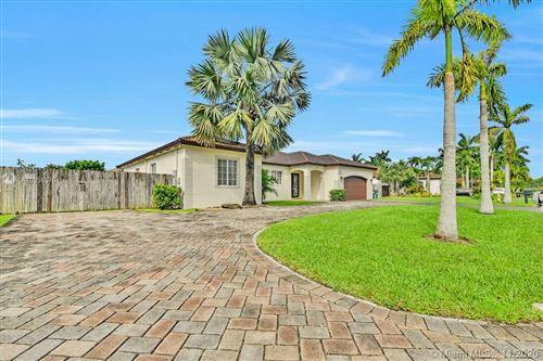 Photo of 18568 SW 132nd Pl, Miami, FL 33177 (MLS # A10958576)