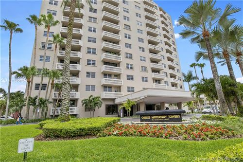 Photo of 90 Edgewater Dr #818, Coral Gables, FL 33133 (MLS # A11055576)