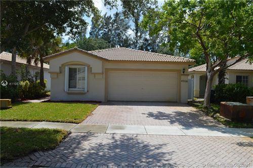 Photo of 4558 SW 134th Ave, Miramar, FL 33027 (MLS # A11057576)