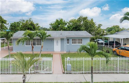 Photo of 935 NW 179th St, Miami Gardens, FL 33169 (MLS # A11072576)