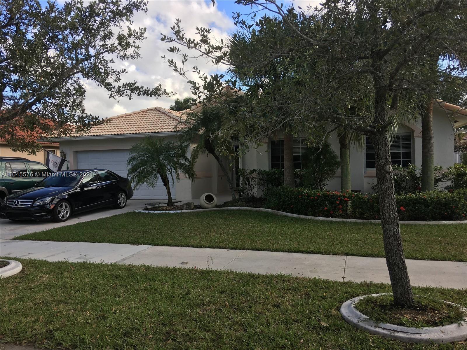 16910 Crestview Ln, Weston, FL 33326 - #: A11045576