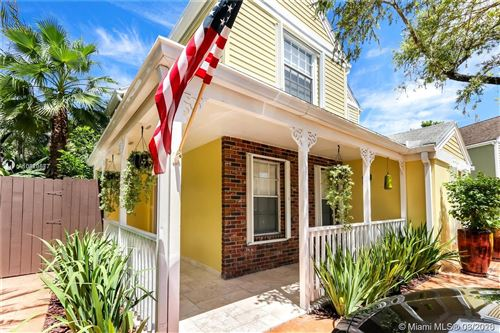 Photo of Listing MLS a10810577 in 11717 SW 114th Ter Miami FL 33186