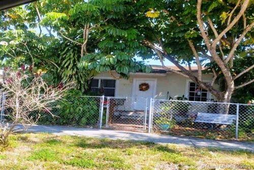 Photo of 575 E 18th St, Hialeah, FL 33013 (MLS # A11029577)