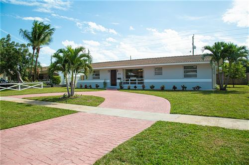 Photo of 4016 Grant St, Hollywood, FL 33021 (MLS # A11114577)