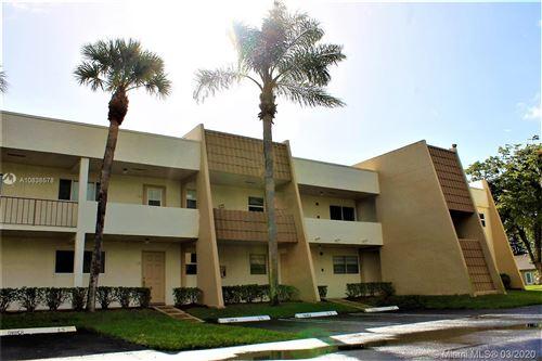 Photo of 2700 Fiore Way #212, Delray Beach, FL 33445 (MLS # A10838578)