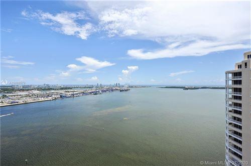 Foto de inmueble con direccion 848 Brickell Key Dr #3601 Miami FL 33131 con MLS A10886579