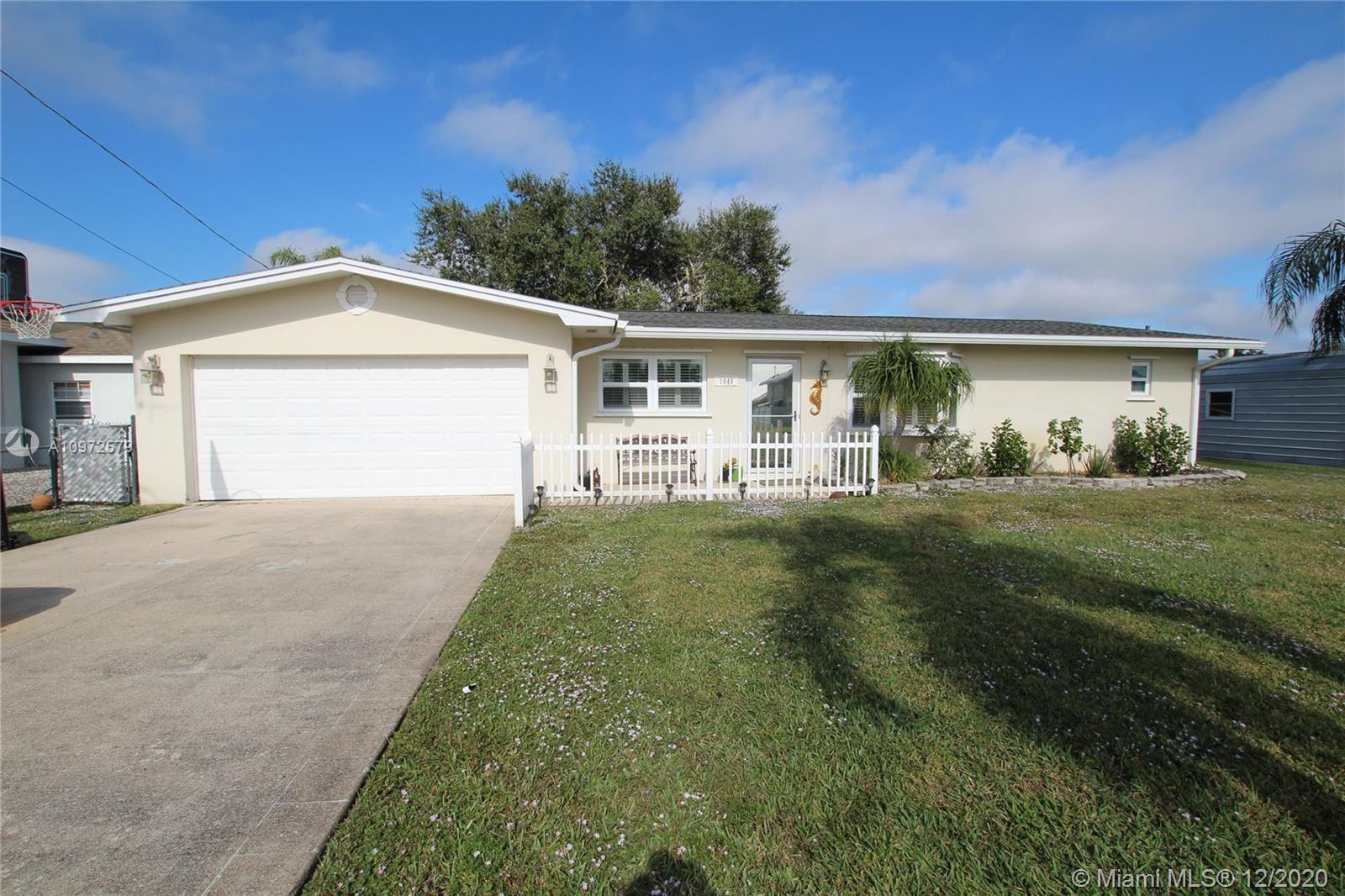 1049 Maple Street, Okeechobee, FL 34974 - #: A10972579