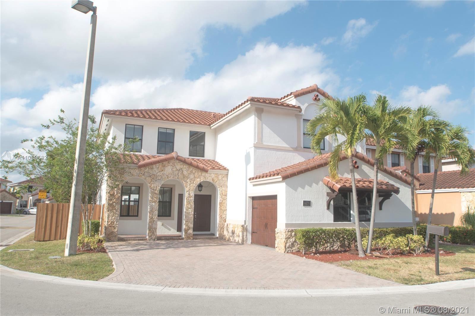 9875 NW 10th St, Miami, FL 33172 - #: A11069582
