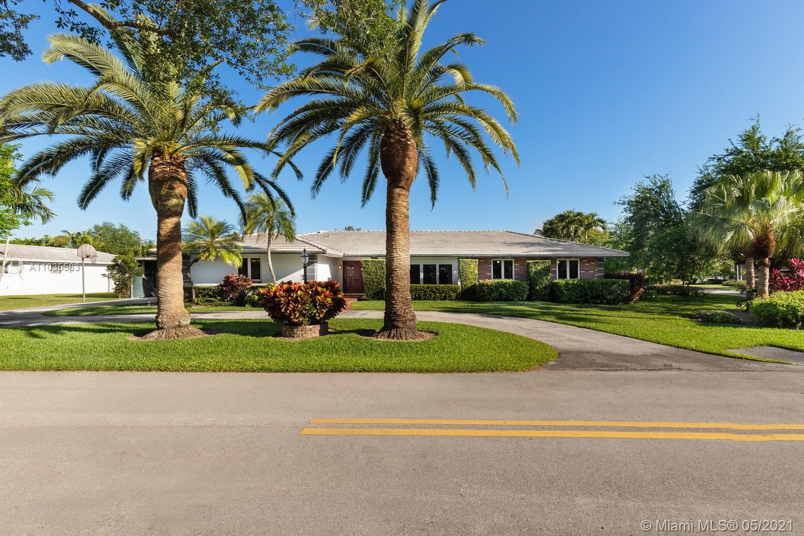 7005 SW 109th Ter, Pinecrest, FL 33156 - #: A11035583