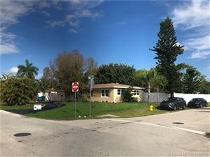 Photo of Listing MLS a10754584 in 711 NW 39th St Oakland Park FL 33309