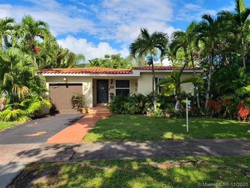 Photo of 29 San Sebastian Ave, Coral Gables, FL 33134 (MLS # A10962584)