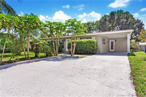 Photo of Listing MLS a10819585 in 6107 NW 8th St Margate FL 33063