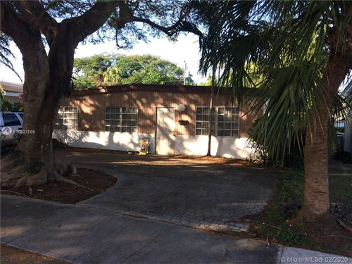 Photo of Listing MLS a10821586 in 5765 SW 54th Ter Miami FL 33155