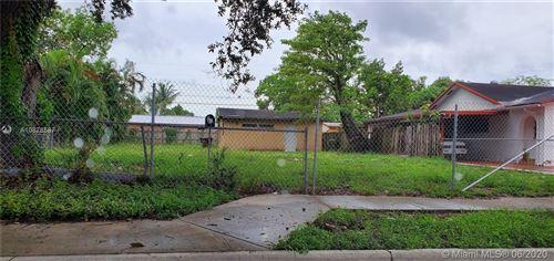 Foto de inmueble con direccion 780 SE 4th St Hialeah FL 33010 con MLS A10876587