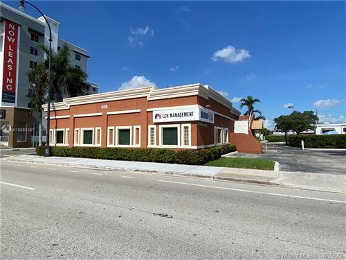 Photo of Listing MLS a10883587 in 425 N Federal Hwy Hallandale Beach FL 33009