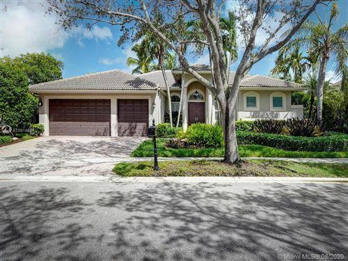 Photo of 378 Mallard Rd, Weston, FL 33327 (MLS # A10914587)