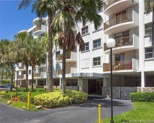 Photo of 210 Sea View Dr #607, Key Biscayne, FL 33149 (MLS # A11053587)