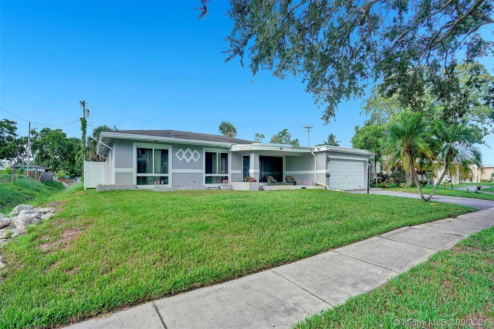 Photo of 1093 Long Island Ave, Fort Lauderdale, FL 33312 (MLS # A11071587)