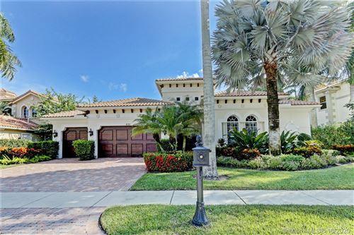 Photo of 622 Hermitage Cir, Palm Beach Gardens, FL 33410 (MLS # A10947588)