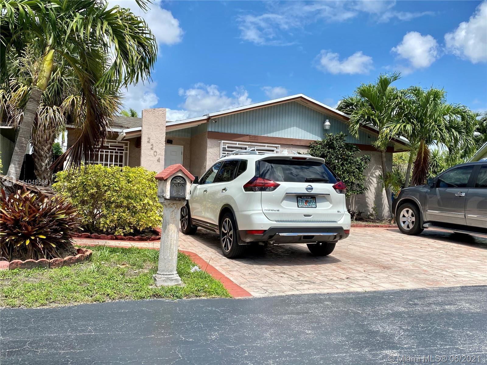 2204 SW 106th Ct, Miami, FL 33165 - #: A11048588
