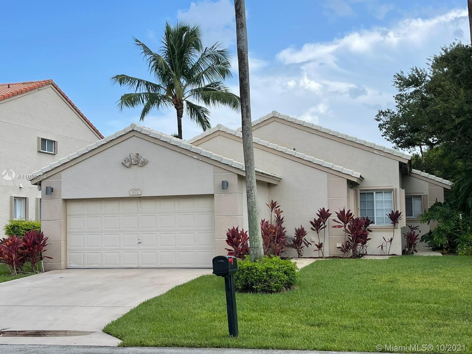 672 NW 45th Ave, Deerfield Beach, FL 33442 - #: A11080588