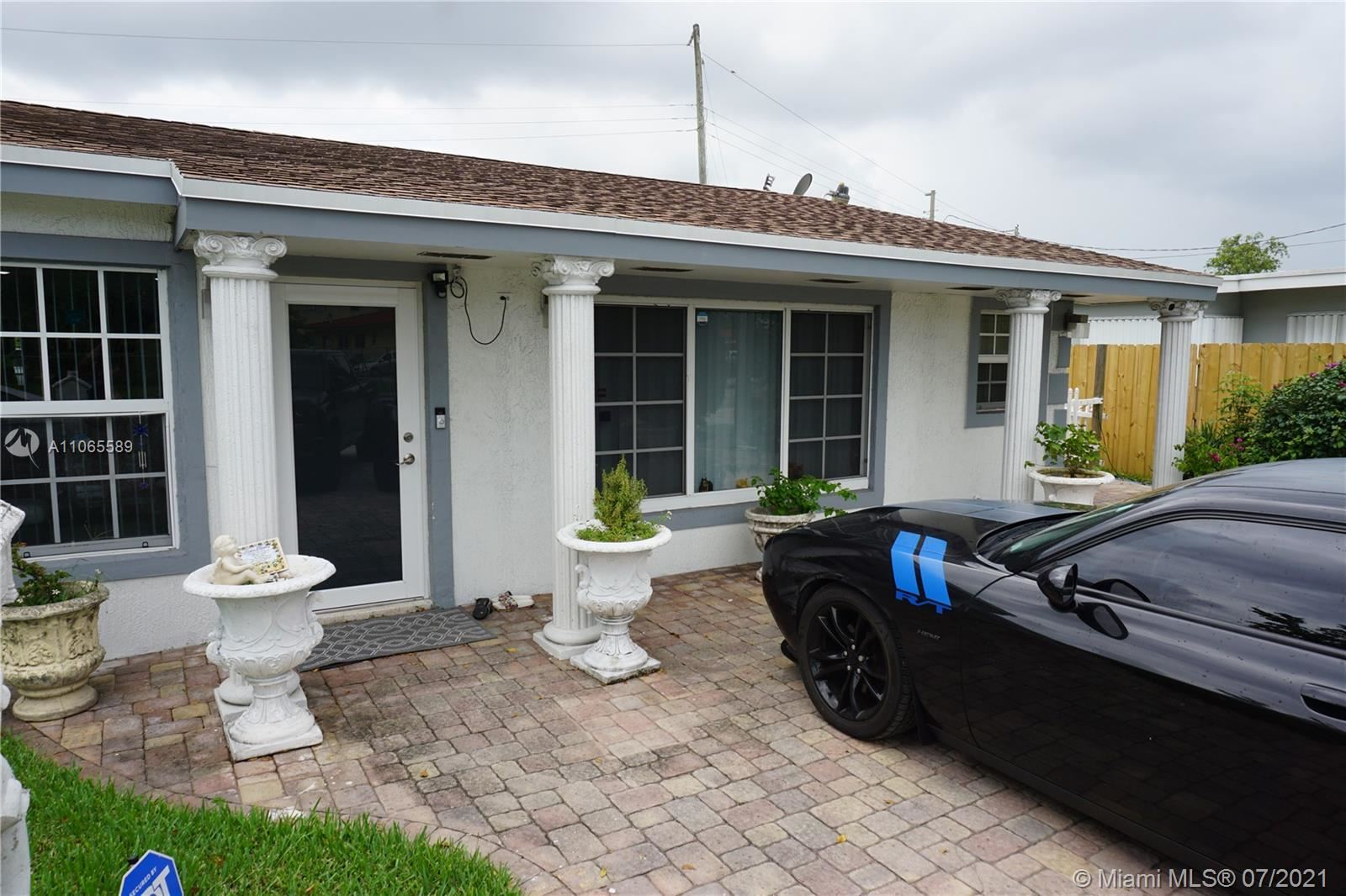 120 S 56th Ave, Hollywood, FL 33023 - #: A11065589