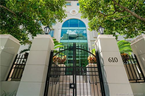 Photo of 610 Valencia Ave #302, Coral Gables, FL 33134 (MLS # A11076590)