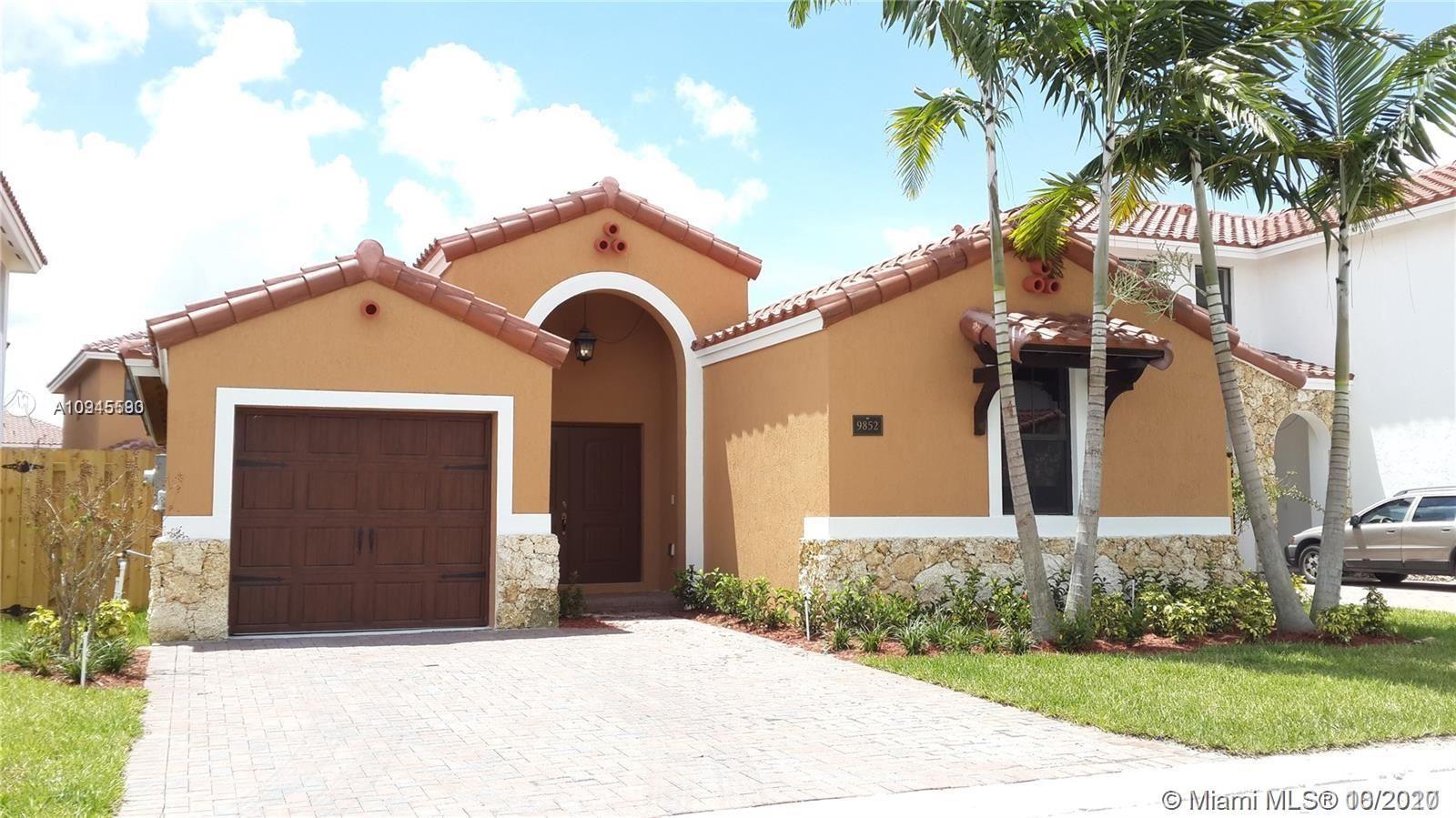 9852 NW 10 TER, Miami, FL 33172 - #: A10945590