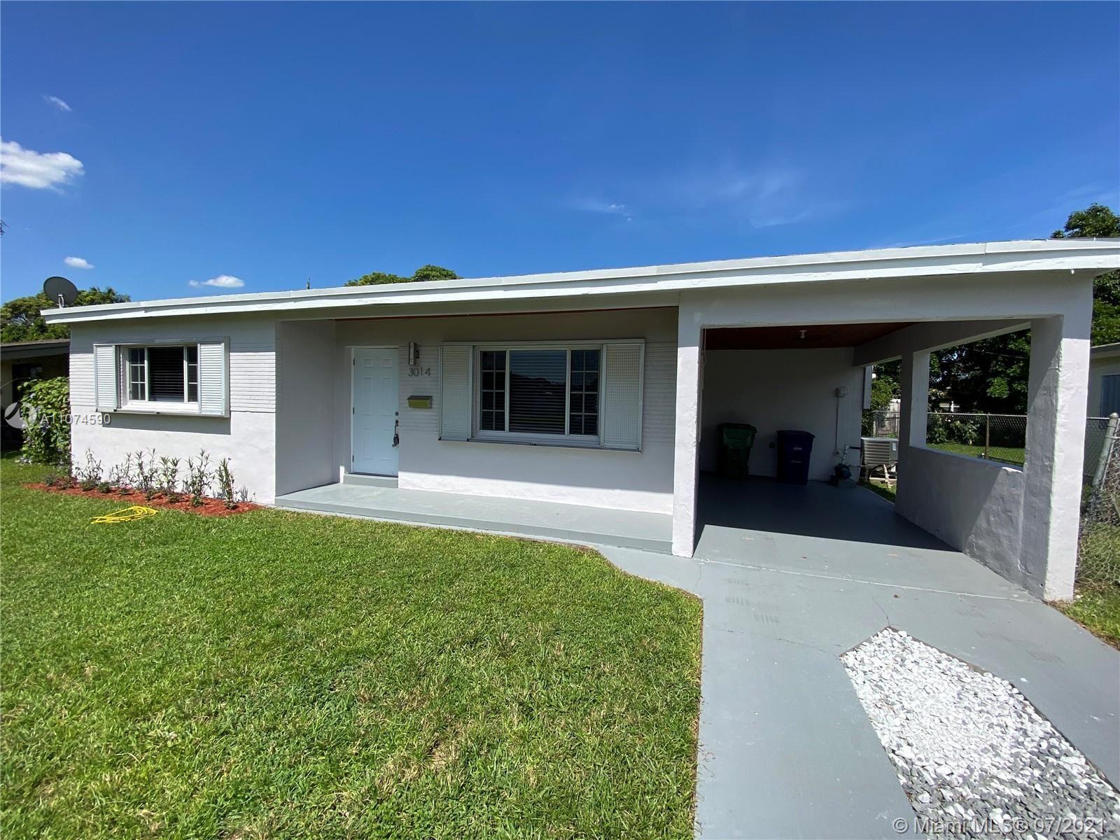 Photo of 3014 SW 67th Ln, Miramar, FL 33023 (MLS # A11074590)