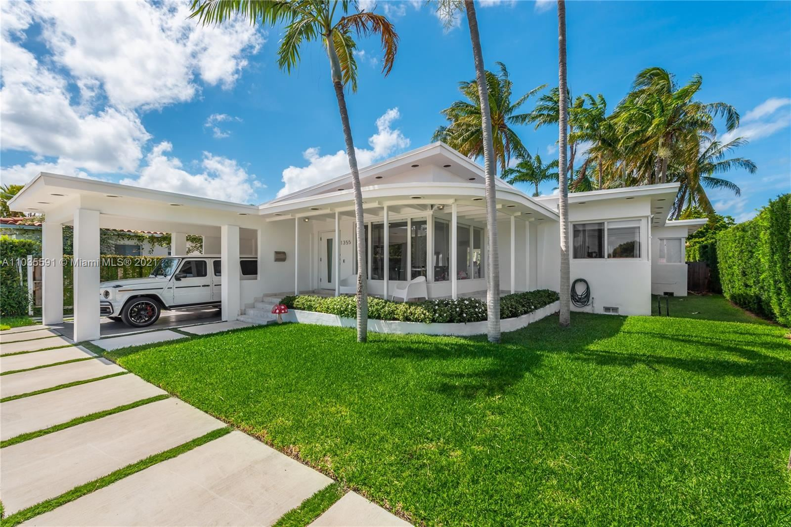 Photo of Miami Beach, FL 33141 (MLS # A11035591)
