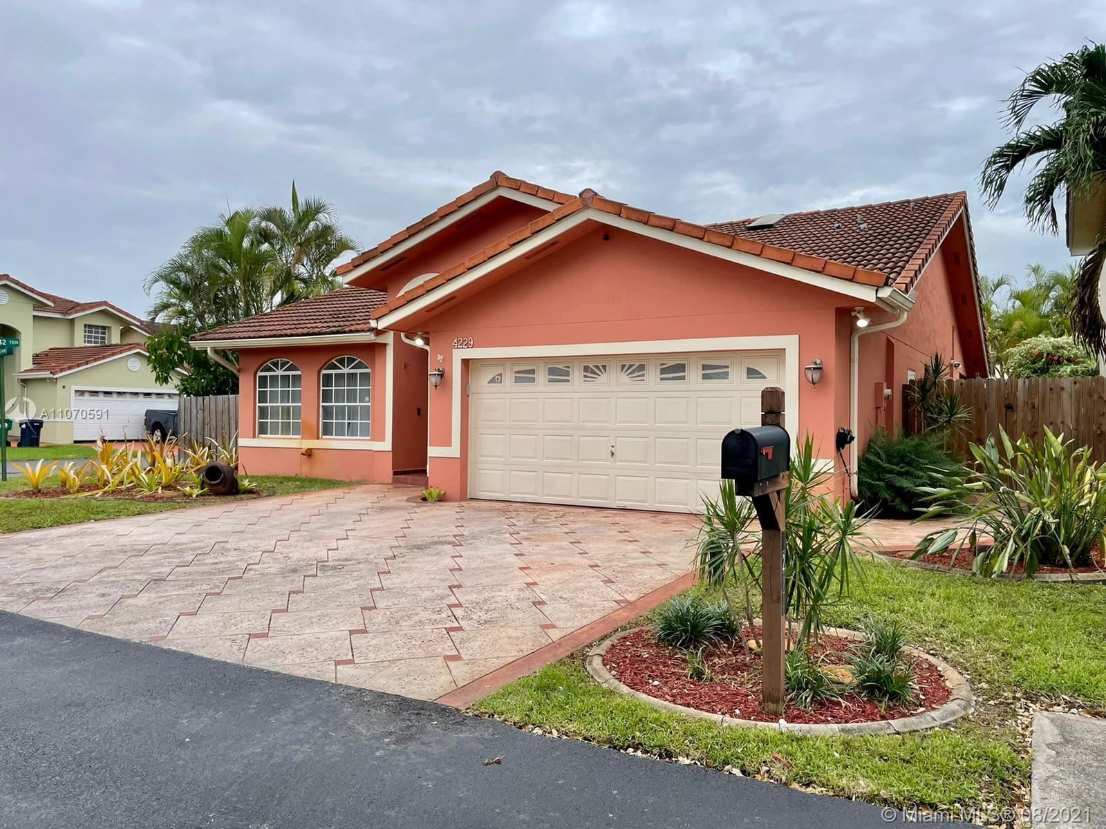 4229 SW 154th Ave, Miami, FL 33185 - #: A11070591