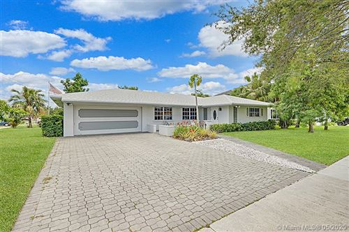 Photo of Listing MLS a10856592 in 180 SW 125th Ave Plantation FL 33325