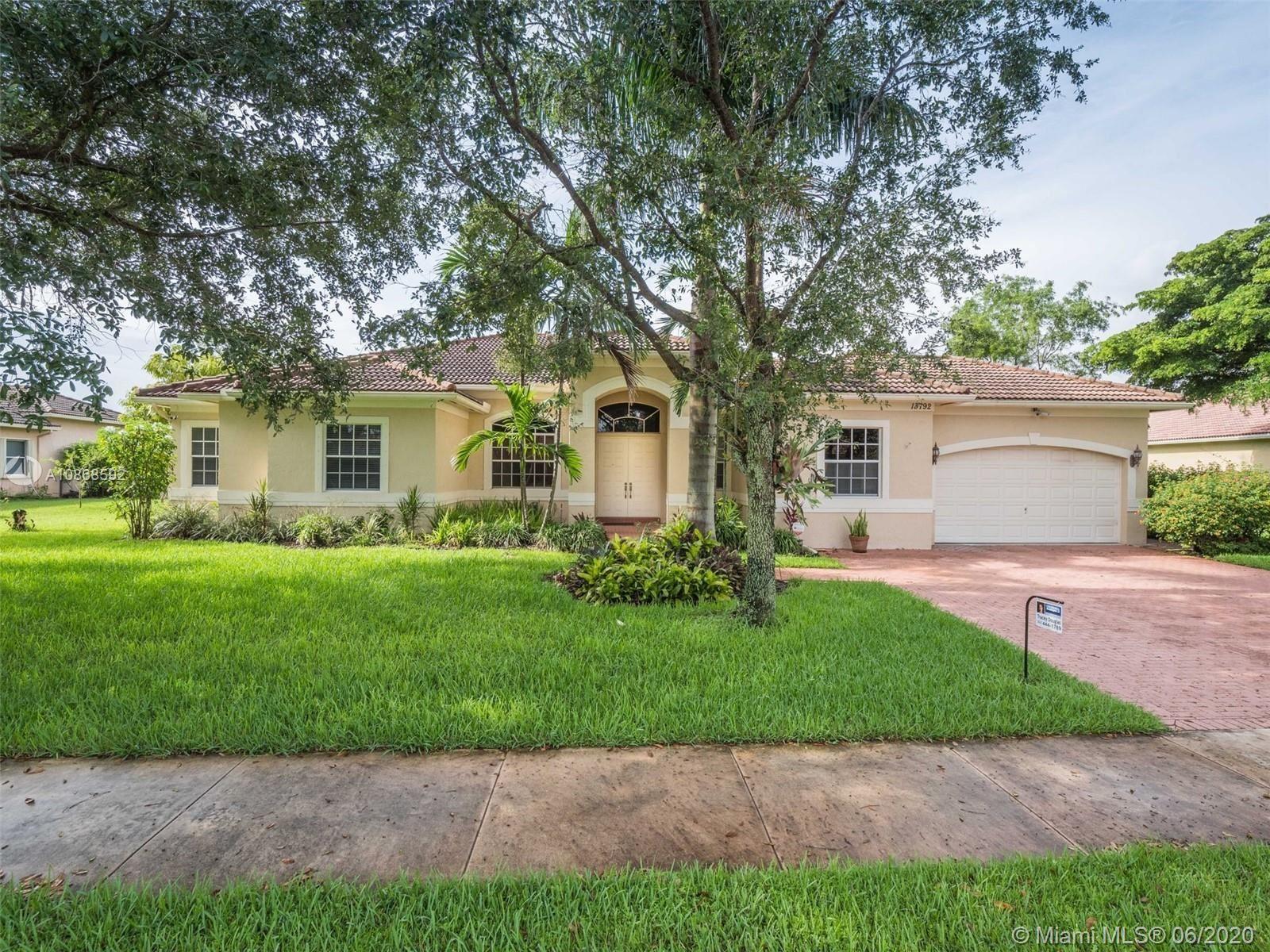 Photo of 13792 SW 40th St, Davie, FL 33330 (MLS # A10868592)