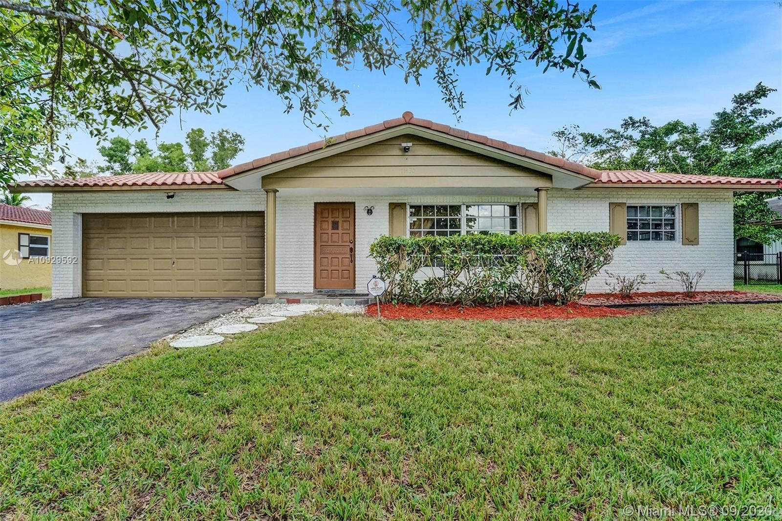 11430 NW 37th St, Coral Springs, FL 33065 - #: A10929592