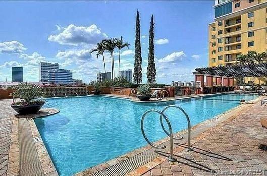 Photo of 110 N Federal Hwy #1211, Fort Lauderdale, FL 33301 (MLS # A11058592)