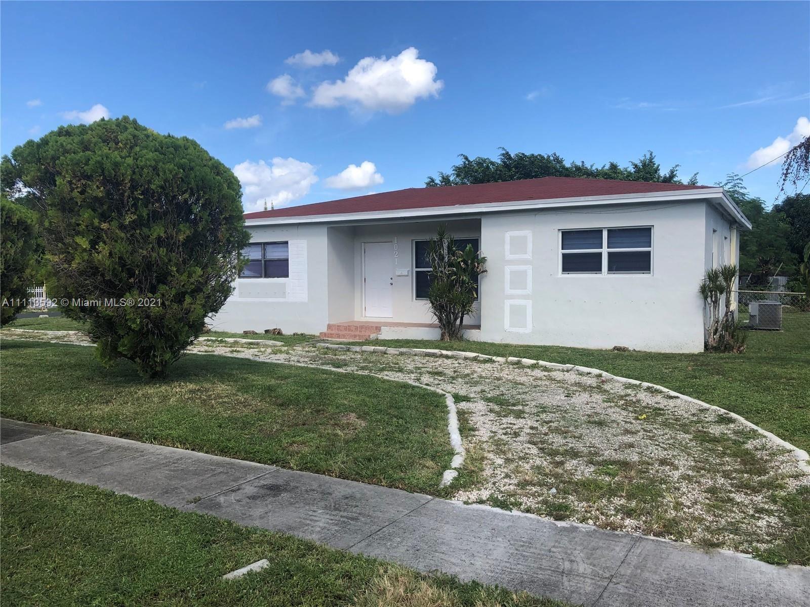 1021 NE 153rd Ter, North Miami Beach, FL 33162 - #: A11113592
