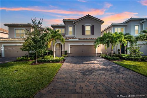 Photo of Listing MLS a10892593 in 3943 Mahogany Ln Hollywood FL 33021