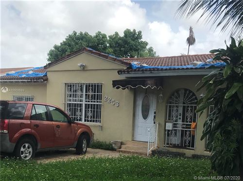 Photo of Listing MLS a10900593 in 2253 SW 25th St Miami FL 33133