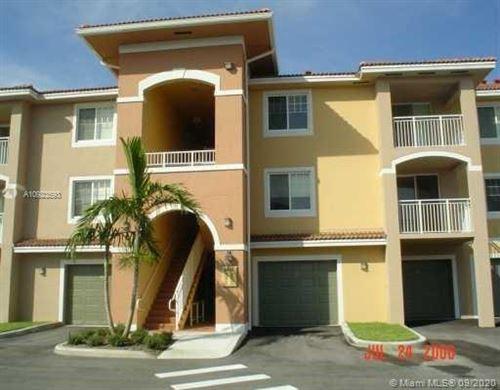 Photo of 6458 Emerald Dunes Dr #304, West Palm Beach, FL 33411 (MLS # A10923593)